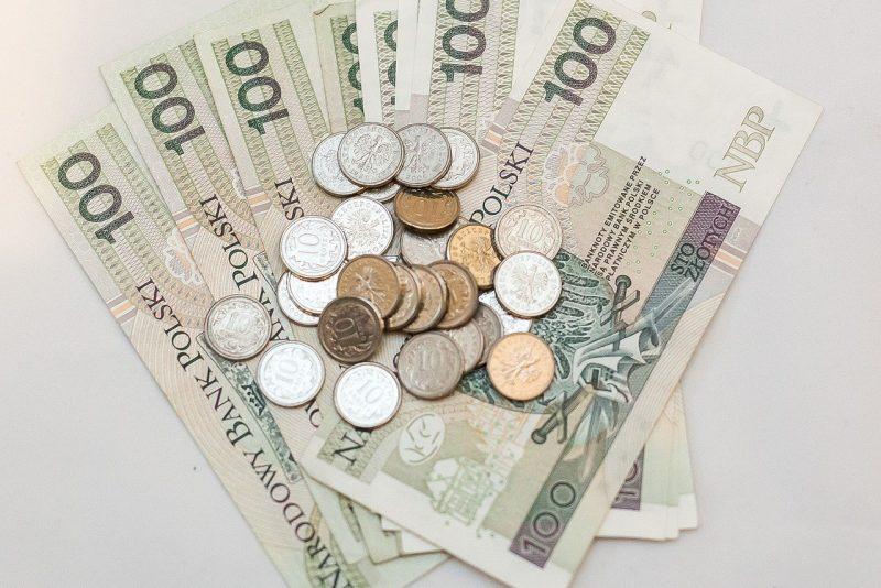 money-2298506_1280
